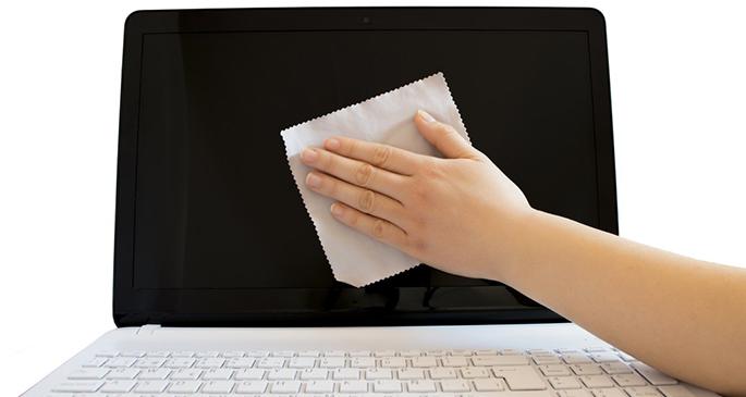 911-Computer keep laptop clean